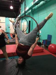Hanging upside down in the lyra